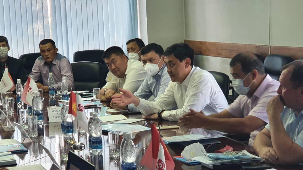 4f625065 8c03 4d60 a12d ce12cf5c13b5 1 - Встреча с Министром экономики КР
